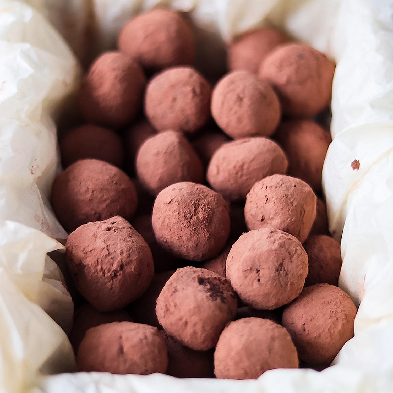 Rum Raisin Chocolate Truffles