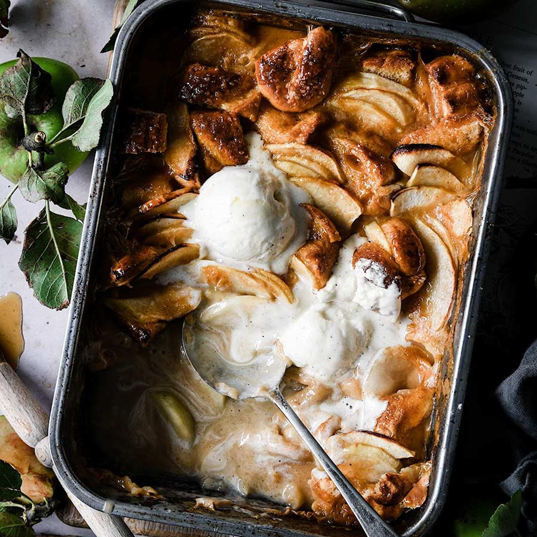 Apple brioche pudding